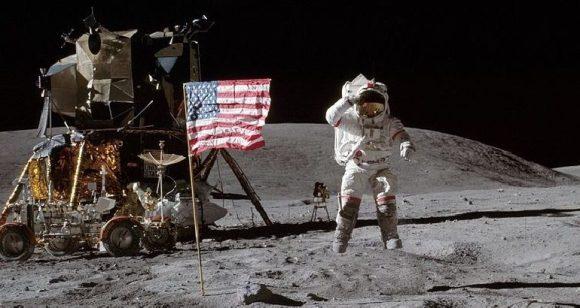 atterraggio-sulla-Luna-della-navicella-Apollo-11-770x410